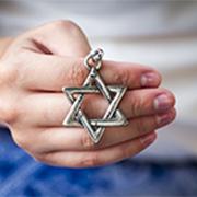 """דו""""ח האנטישמיות: קודם הגיעה האלה שבגרמניה, ואחריה הקורונה"""
