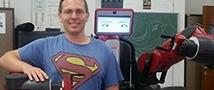 """רובוט חברתי תעשייתי חדש מצטרף למעבדת הסקרנות של ד""""ר גורן גורדון"""