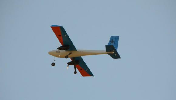 כלי טיס בלתי מאויש שתוכנן על ידי סטודנטים בבית הספר להנדסה מכנית זכה בתחרות ארצית