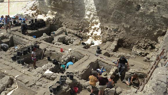 חפירות בתל מגידו