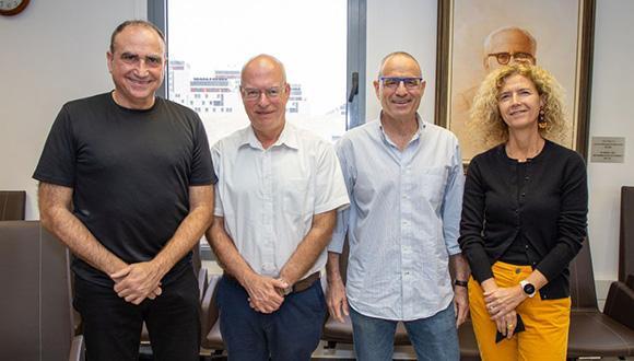 משמאל: פרופ' יוסי מטיאס, פרופ' אריאל פורת, פרופ' מאיר פדר ופרופ' טובה מילוא