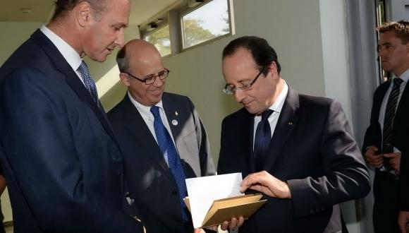 נשיא צרפת, פרנסואה הולנד, הגיע אתמול לביקור באוניברסיטת תל-אביב