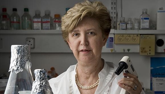 פרס אלופת התקווה לפרופ' גוזס על מחויבותה לחקר מחלות נדירות וגנטיות