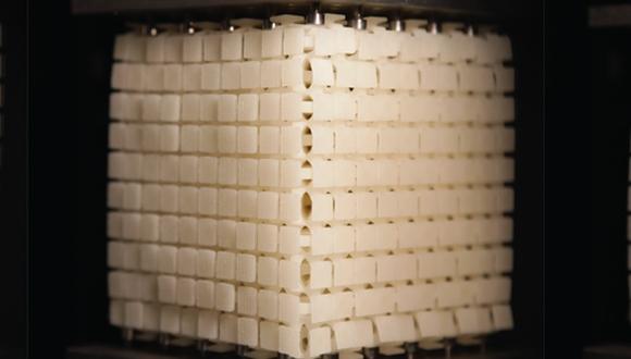 מדענים מאוניברסיטת תל אביב הנדסו מטא-חומר חדש בעל תכונות ייחודיות ופוטנציאל יישומי רב