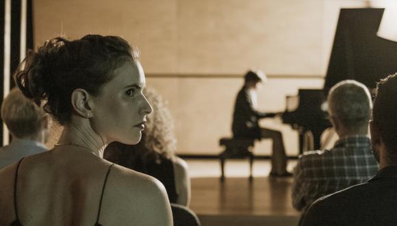 """הסרט """"אלוהי הפסנתר"""" של איתי טל יוקרן בפסטיבל רוטרדם"""