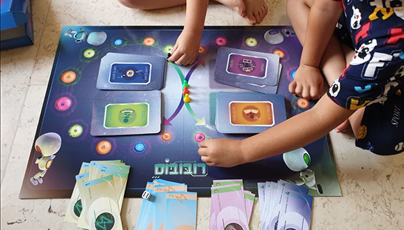 המחקר שהפך למשחק קופסה אינטראקטיבי שמחזיר לילדים חולי סרטן את החיוך