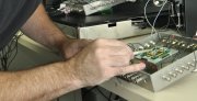 חוקרים מאוניברסיטת תל-אביב פיתחו גלאי ננוטכנולוגי המזהה מולקולות של חומרי נפץ