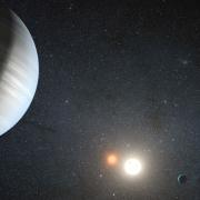 התגלו שני כוכבי לכת חדשים הנעים סביב שמש כפולה