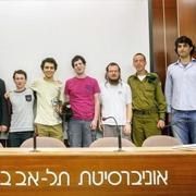 ארבעה סטודנטים מאוניברסיטת תל-אביב ייצגו את ישראל בתחרות הבינלאומית במתמטיקה