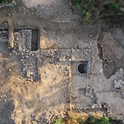 בעקבות תעלומת המקדש הקדום בתל מוצא