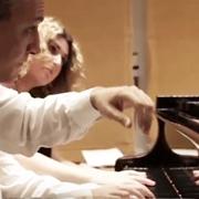 לנגן בארבע, שש ובשמונה ידיים - דור העתיד של אמני המקלדת