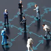 חוקרים טוענים: הריחוק החברתי יעיל מסגר
