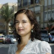 """ד""""ר טלי חתוקה זכתה בפרס האדריכל הצעיר לשנת 2012"""