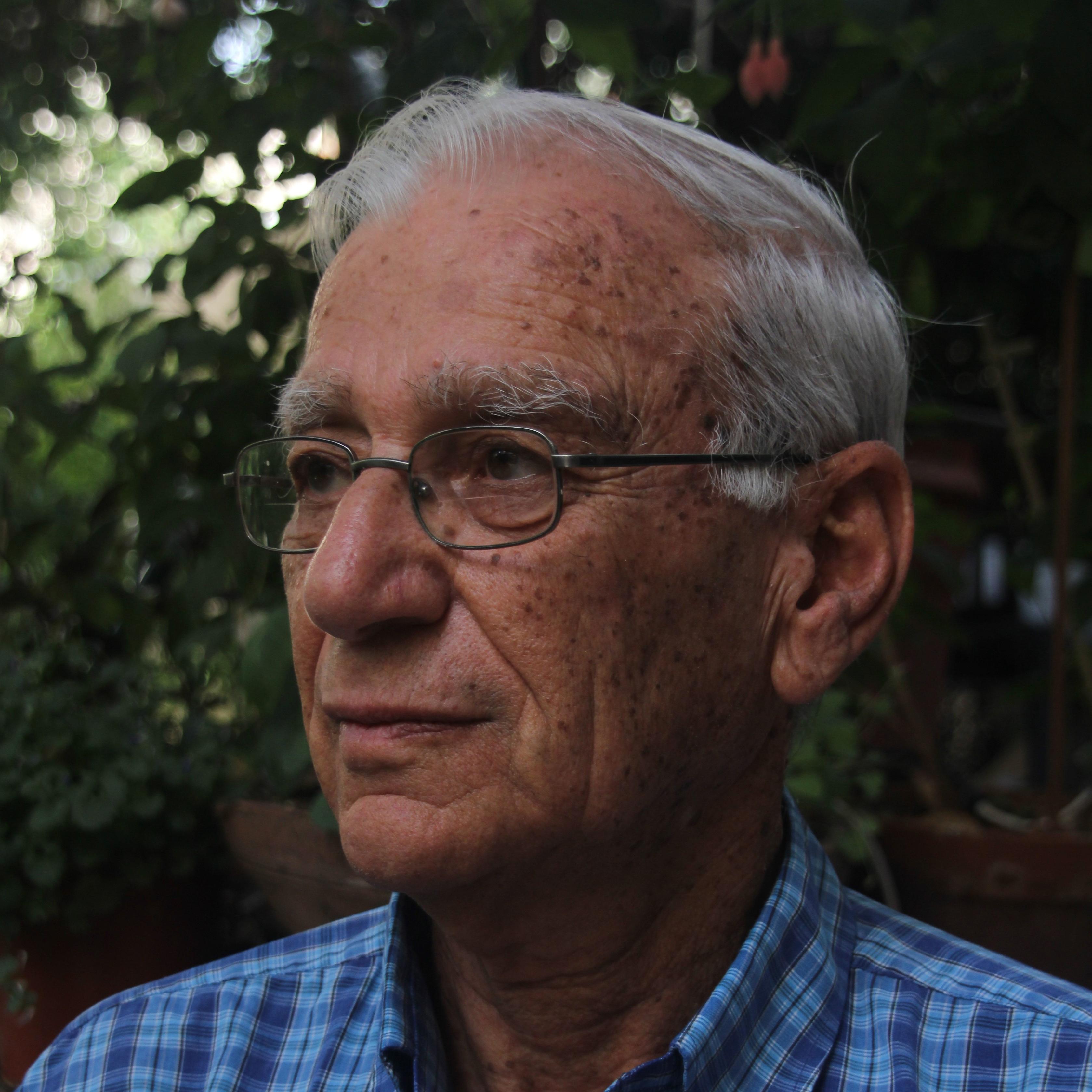 פרופ' יורם יום-טוב מאוניברסיטת תל אביב זכה בפרס לנדאו למדע