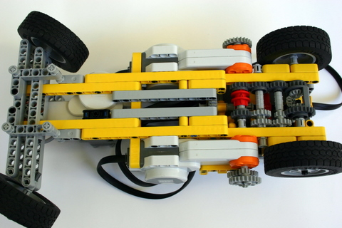 Shifting Gears: A Car with a Transmission(Lego Mindstorms NXT)
