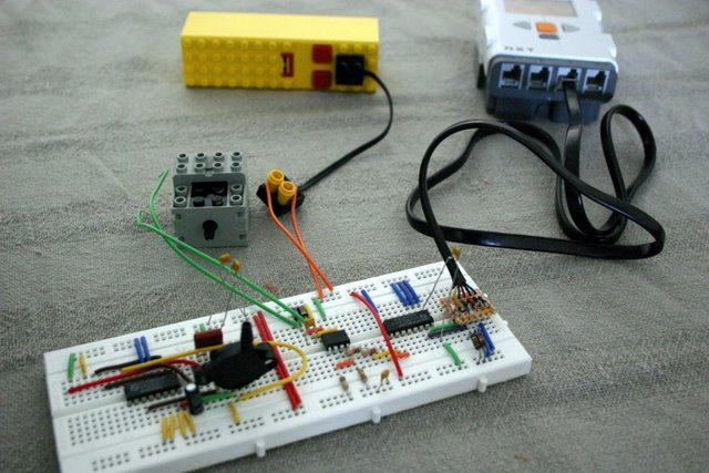 I2c interfacing part 4 controlling extra motors lego mindstorms nxt the prototype of the motor controller on a breadboard asfbconference2016 Images